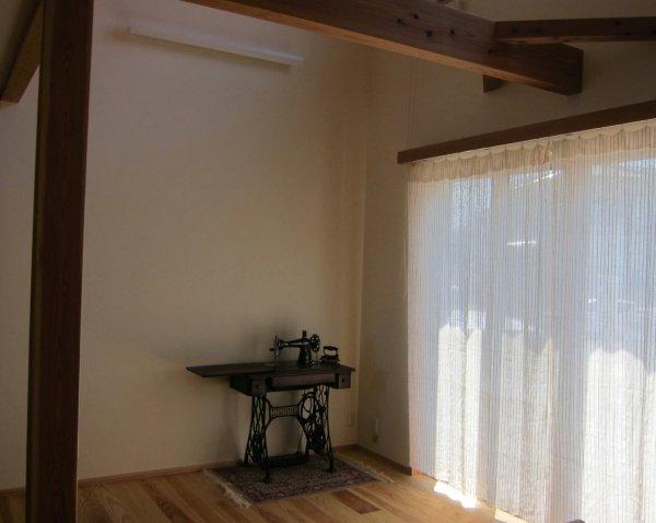 画像1: カーテン ガーゼ UVカット率62.9% H1600(腰窓用)